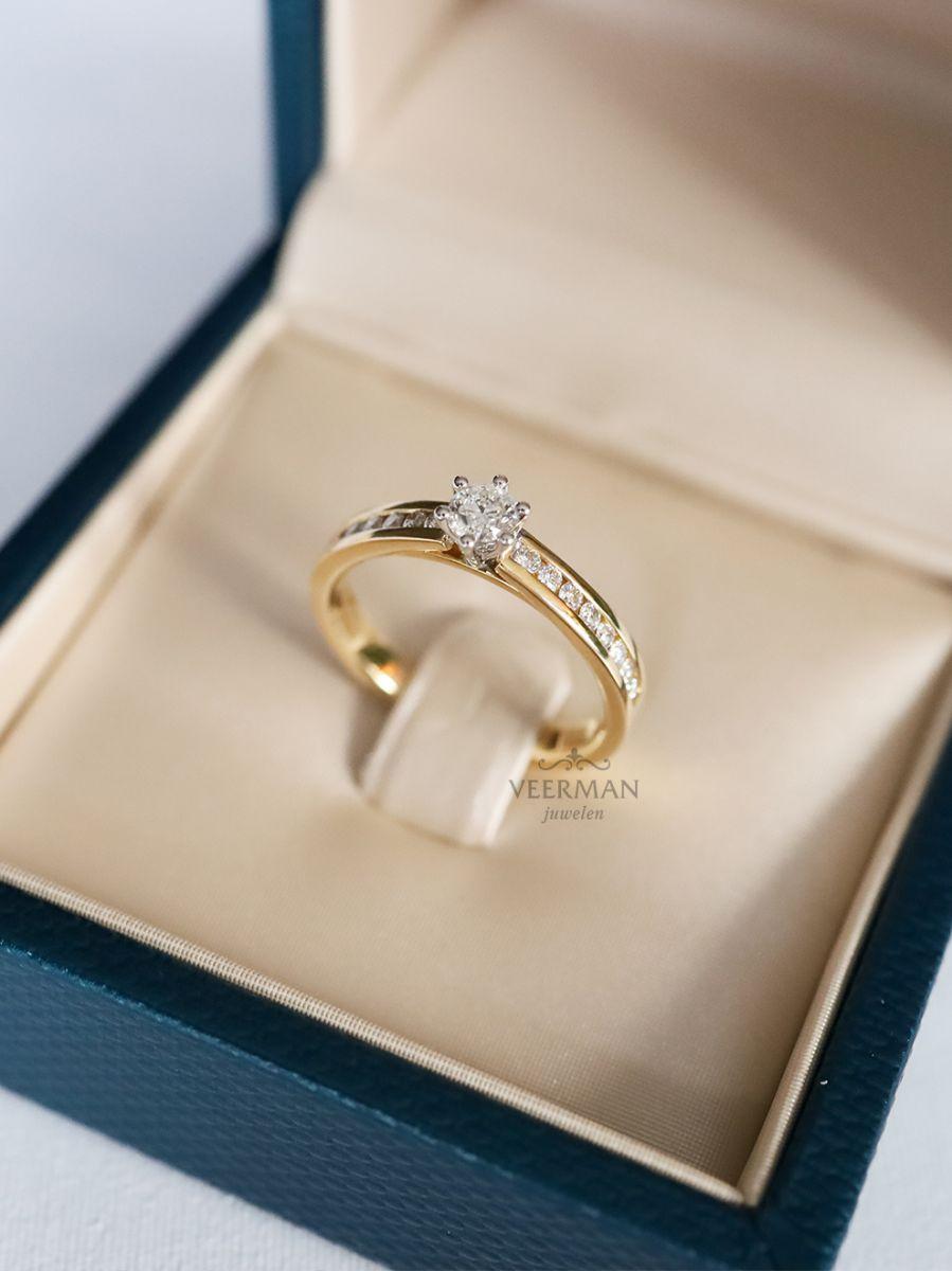 bicolor ring met briljant 050crt 3