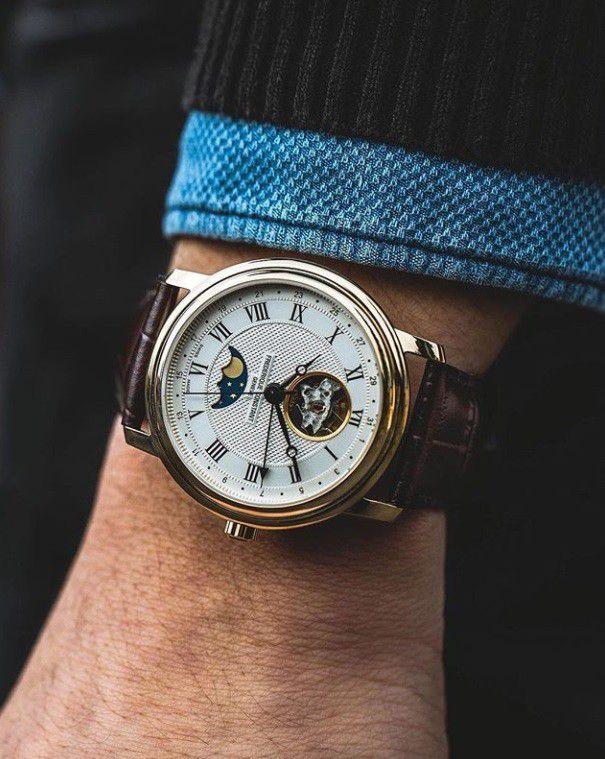 fc335mc4p6 classics moonphase horloge 2