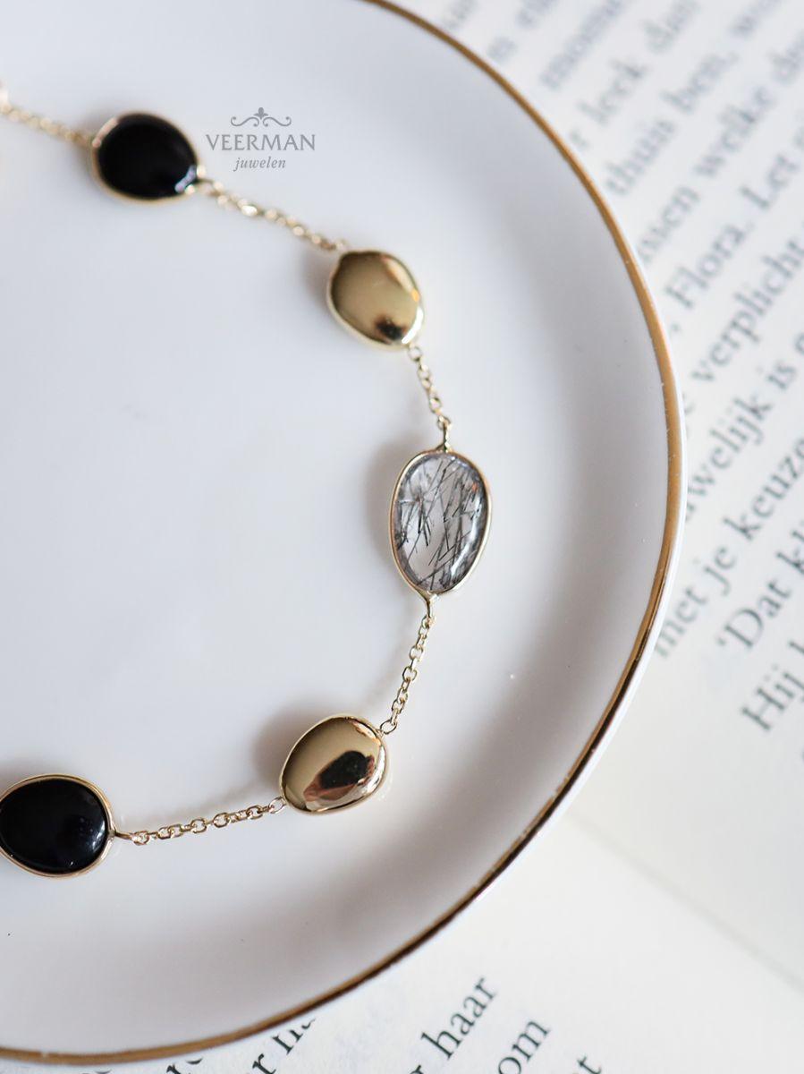 geelgouden armband met onyx en rutiel 3