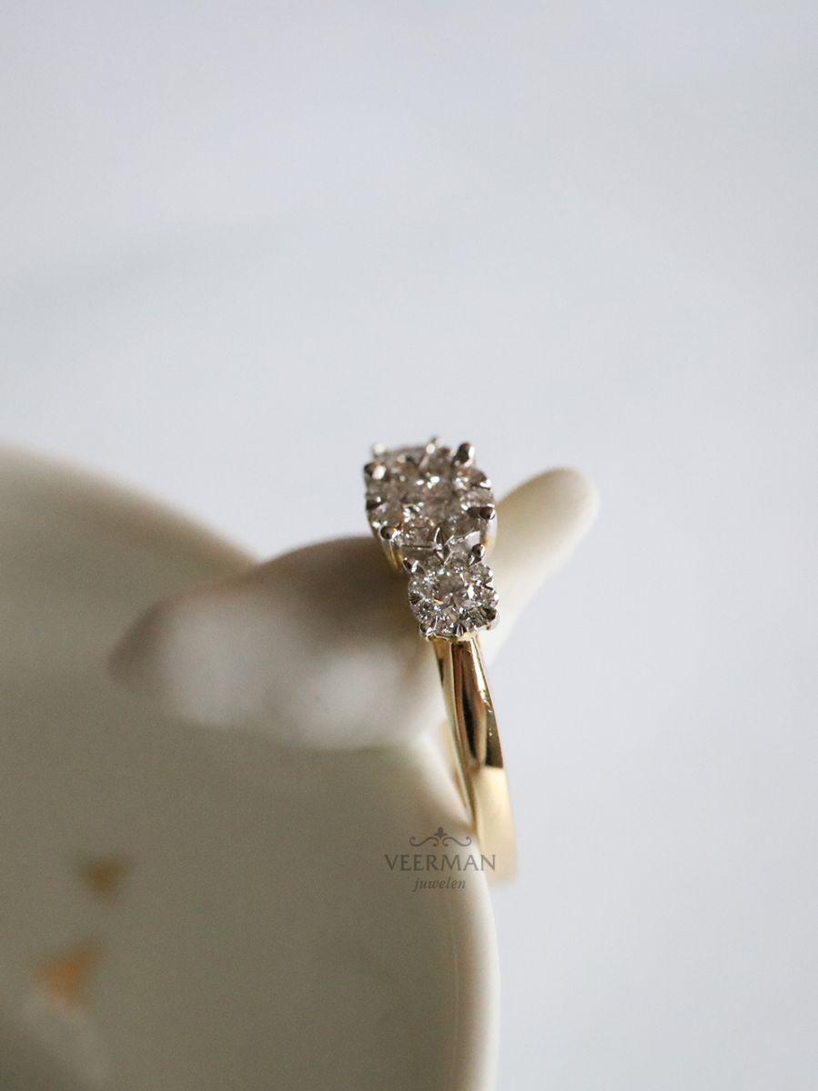geelgouden ring met briljant 045crt 4