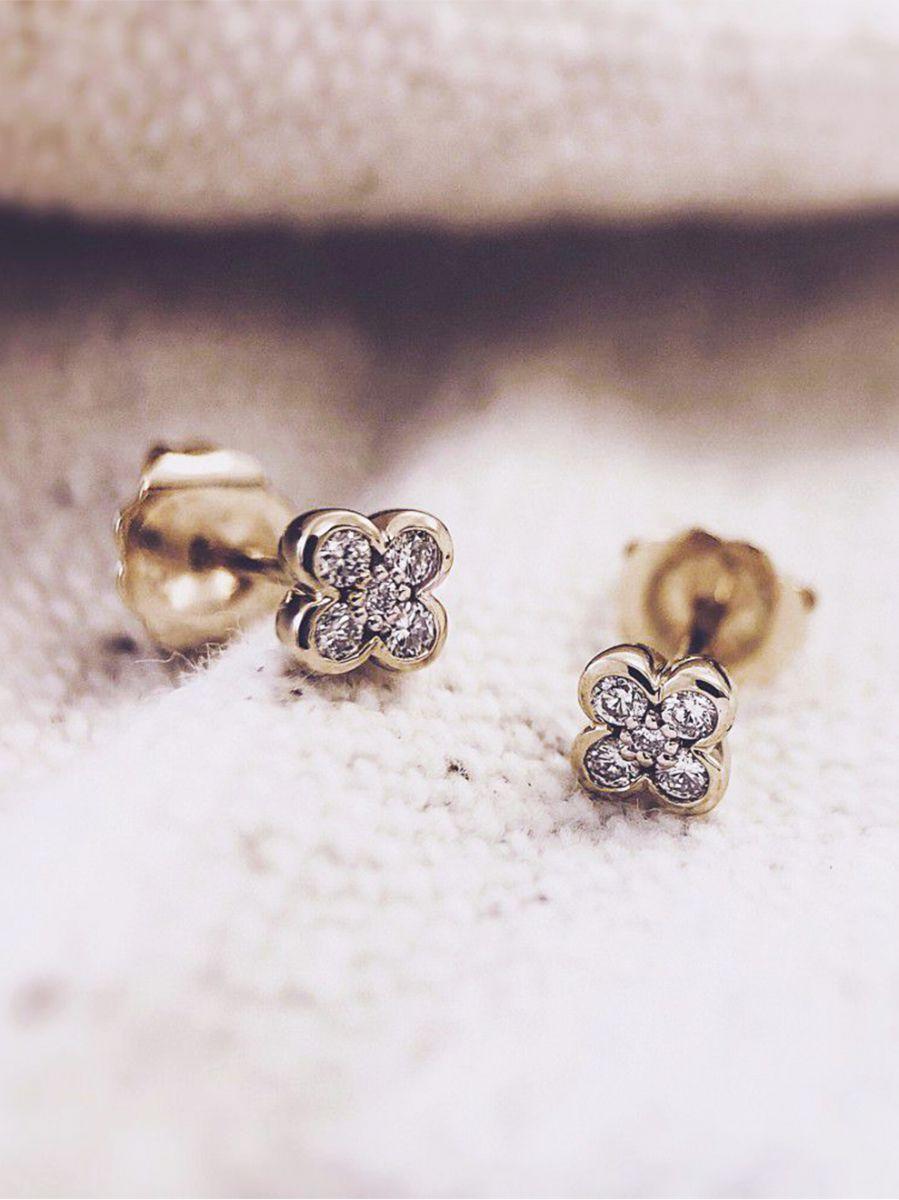 geelgouden oorstekers met briljant 012crt