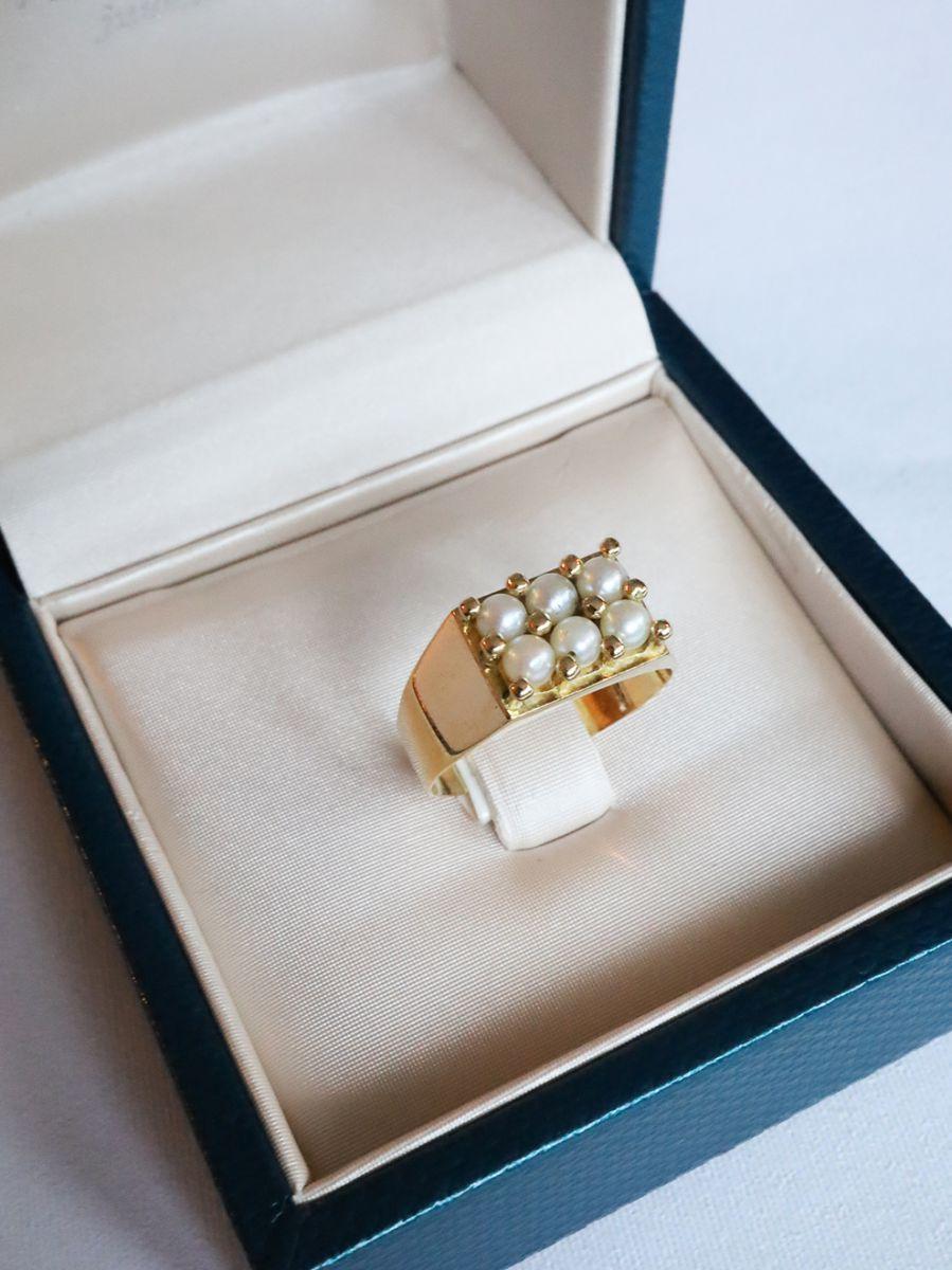 geelgouden ring parels