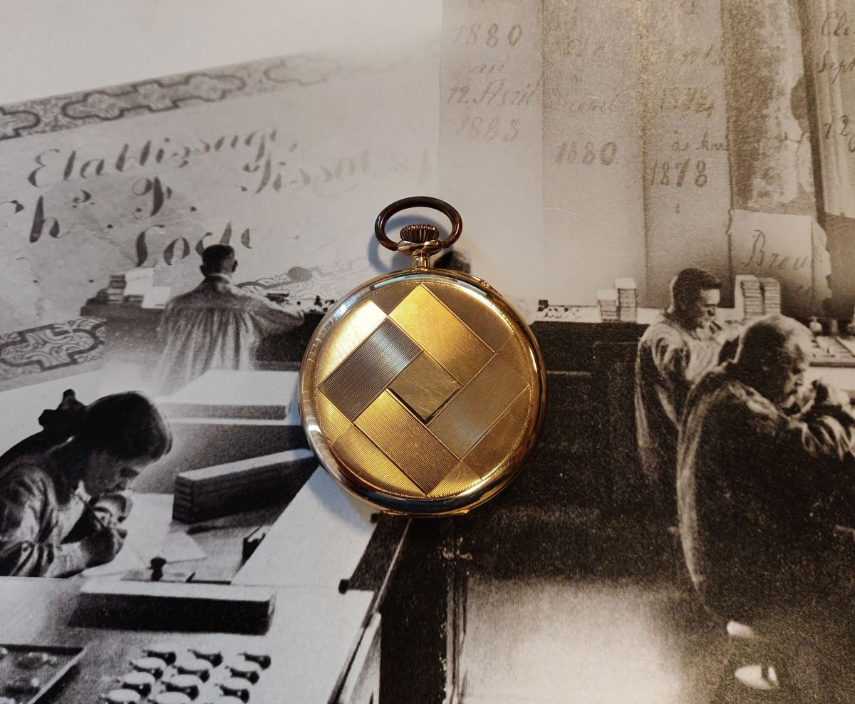 geelgouden zakhorloge chronometre 5