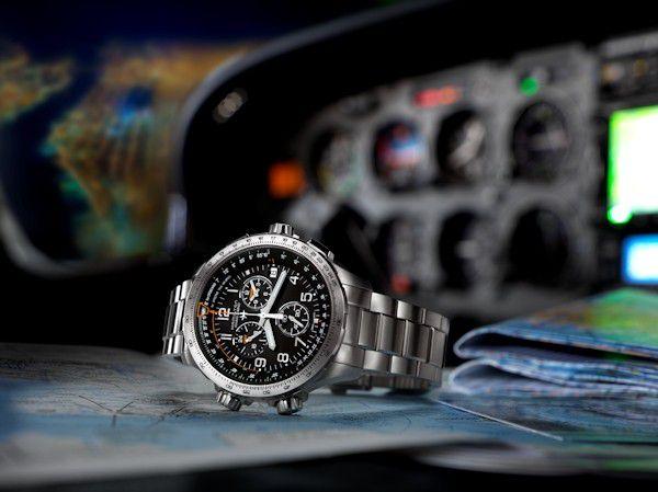 hamiltonkhaki aviation xwind gmt horlogeh77912135 3