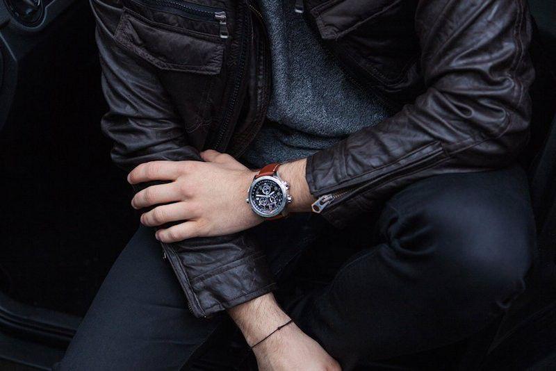 khaki aviation xwind gmt horloge h77912535 2