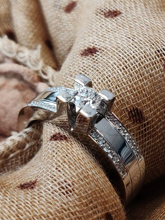 strakke witgouden ring 025 crt