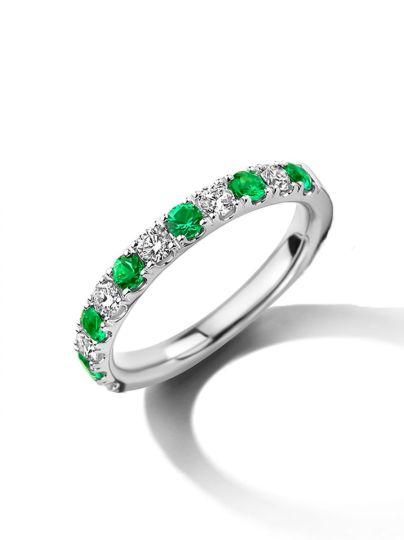Witgouden alliance ring met smaragd