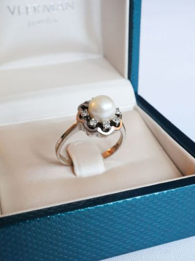 Witgouden Ring Parel Diamant